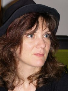 Sandra Mesneau